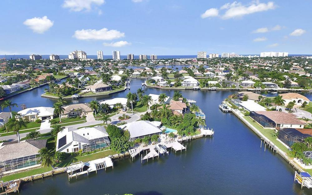 1074 Whiteheart Ct, Marco Island - House For Sale 1911188085