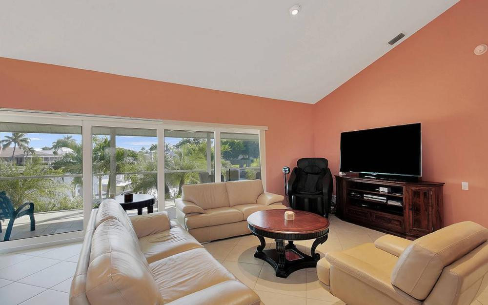 1074 Whiteheart Ct, Marco Island - House For Sale 808814848