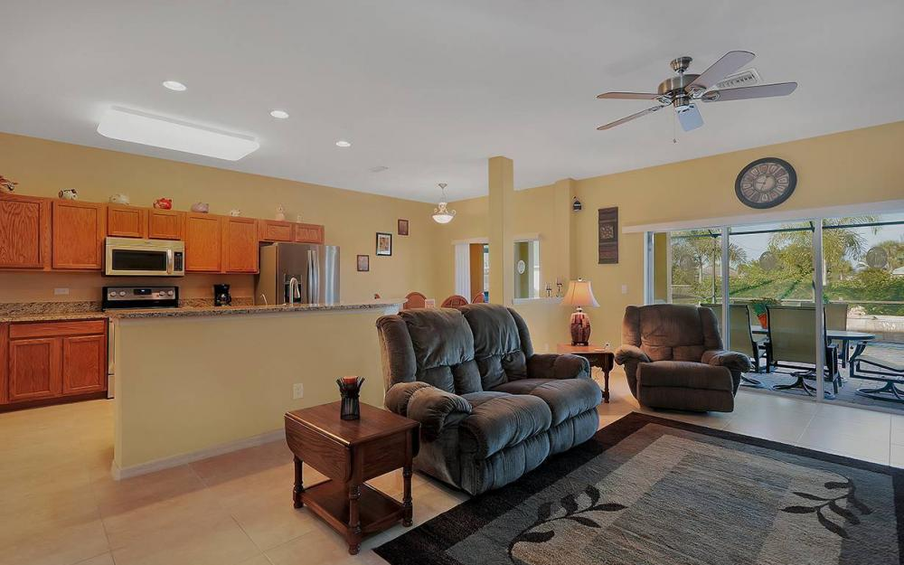 1136 NW 19th Pl, Cape Coral - House For Sale 155768843