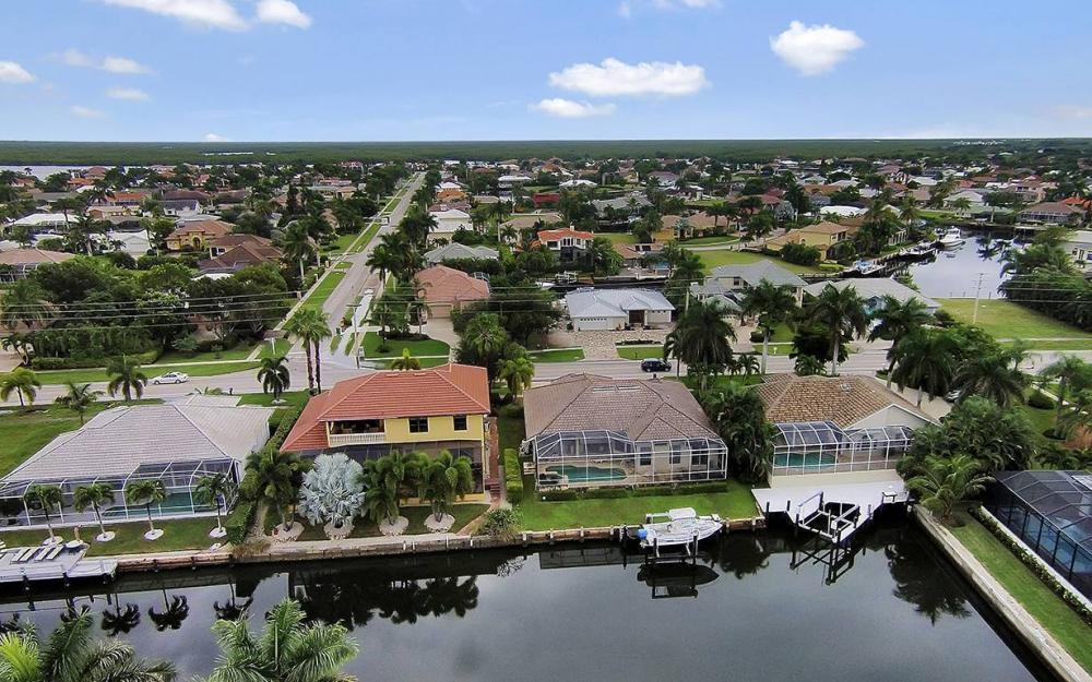 200 N Barfield Dr, Marco Island - House For Sale 447735394