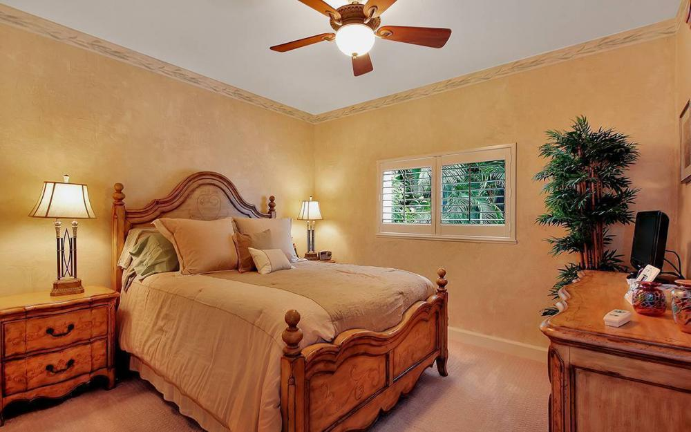 200 N Barfield Dr, Marco Island - House For Sale 1124722531