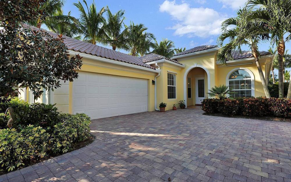 15300 Bonefish Trl, Bonita Springs - House For Sale 252840943