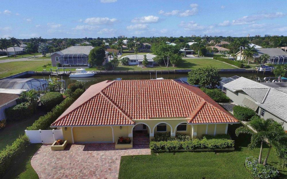 326 Rockhill Ct, Marco Island - House For Sale 104593744