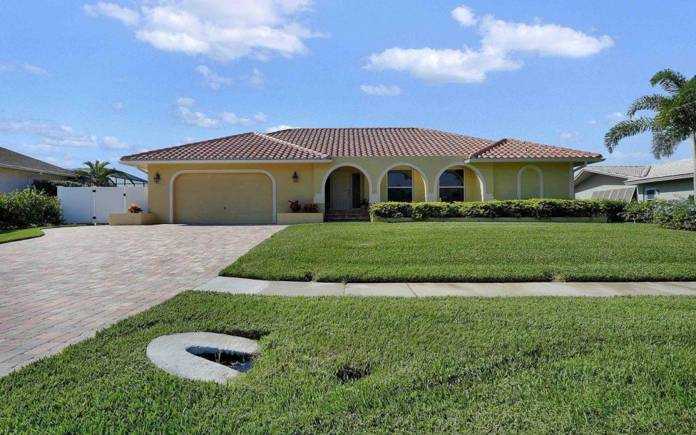 326 Rockhill Ct, Marco Island - House For Sale 983211889