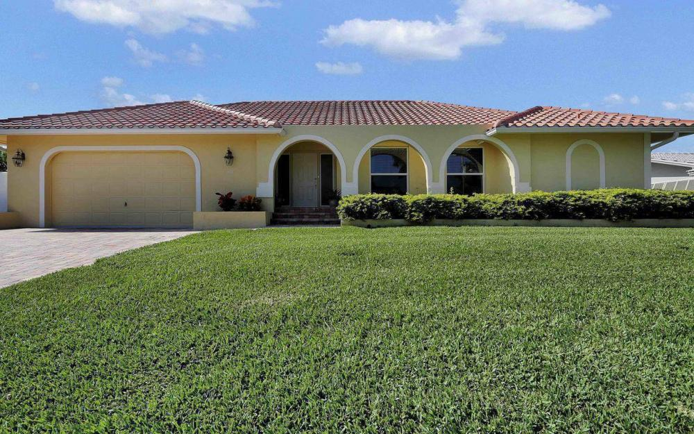 326 Rockhill Ct, Marco Island - House For Sale 785249504