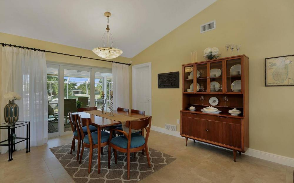 326 Rockhill Ct, Marco Island - House For Sale 1057212641