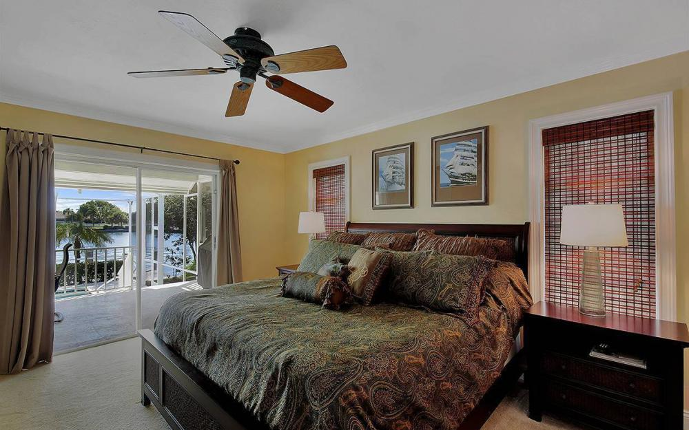 639 Century Ct, Marco Island - House For Sale 1133002150