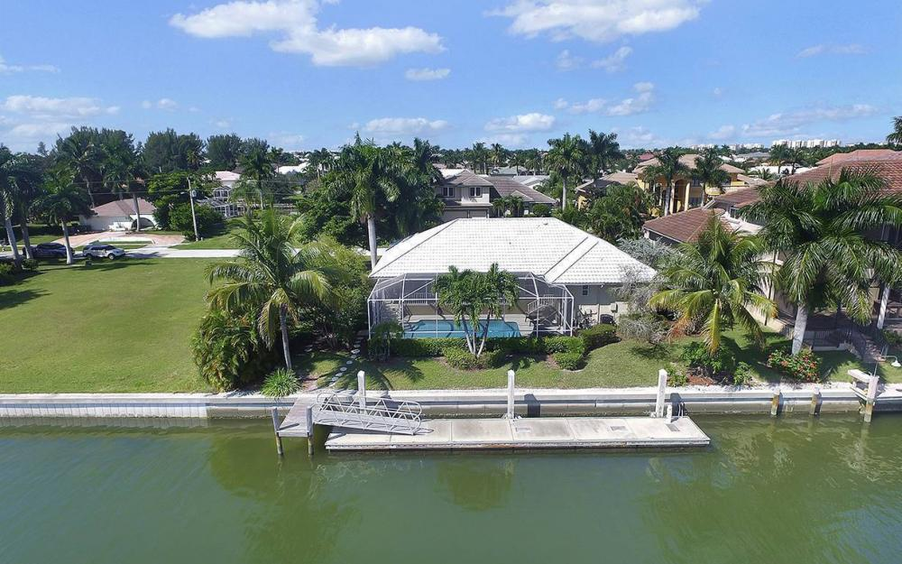 639 Century Ct, Marco Island - House For Sale 1112386552
