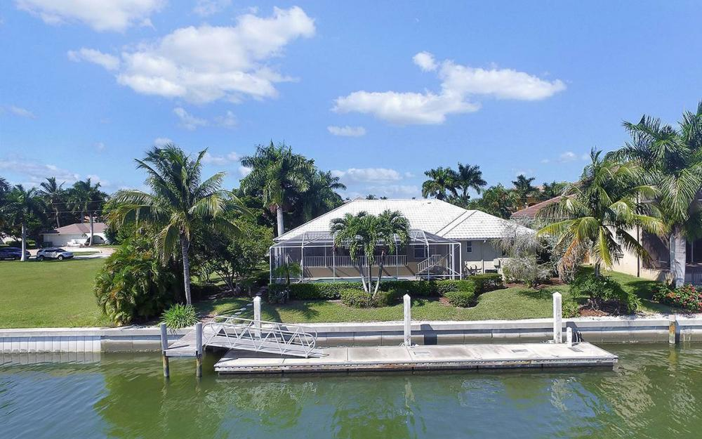 639 Century Ct, Marco Island - House For Sale 30517764