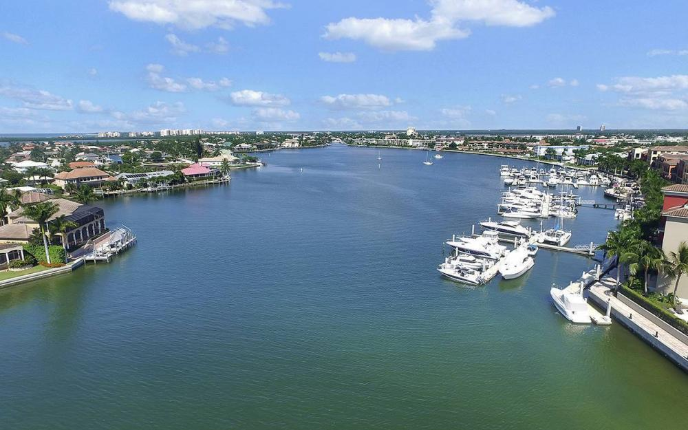 639 Century Ct, Marco Island - House For Sale 1109306482