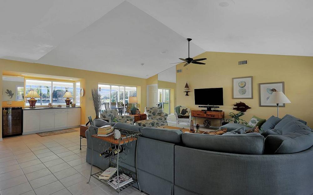 639 Century Ct, Marco Island - House For Sale 1495789531