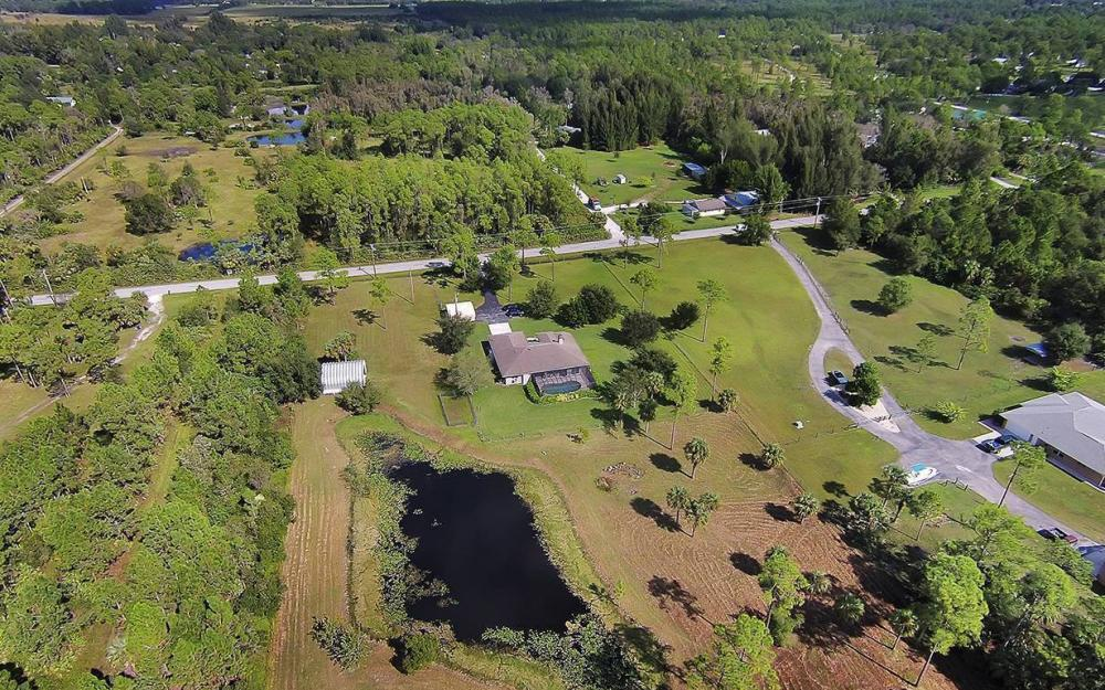 6880 Rich Rd, N. Ft.Myers - House For Sale 1511038793