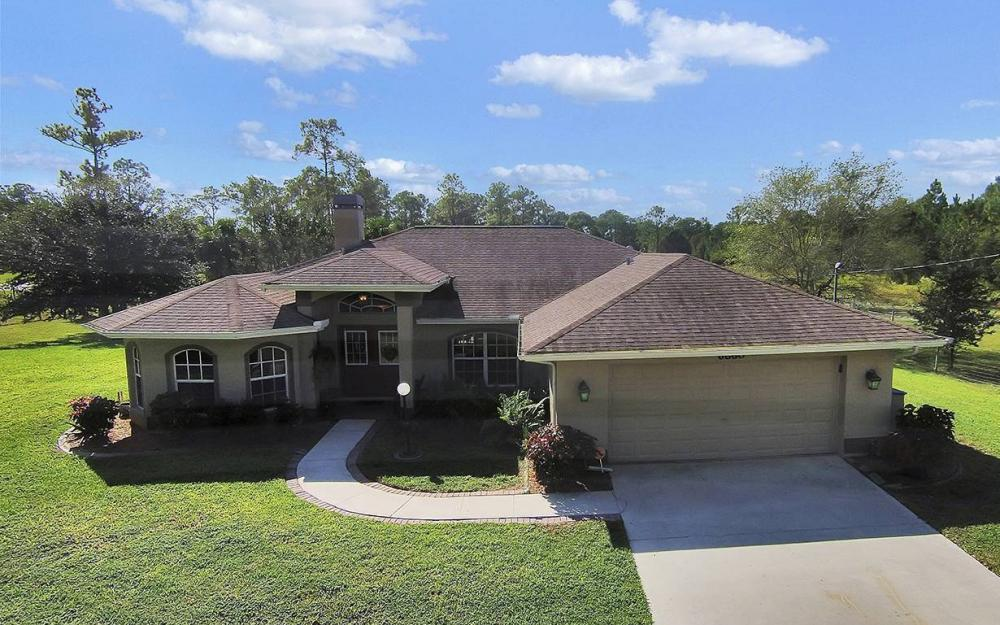6880 Rich Rd, N. Ft.Myers - House For Sale 37817079