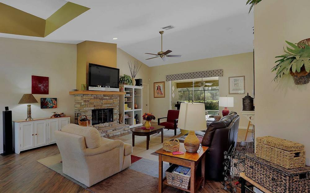 6880 Rich Rd, N. Ft.Myers - House For Sale 531028033