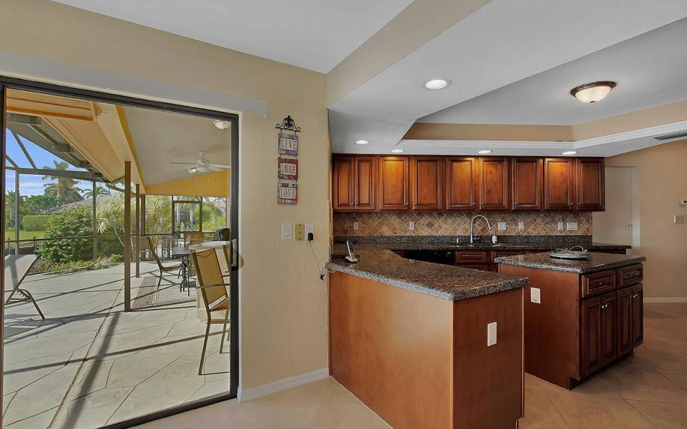 1887 Cascade Ct, Marco Island - House For Sale 1291827660