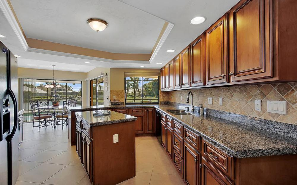 1887 Cascade Ct, Marco Island - House For Sale 1061342398