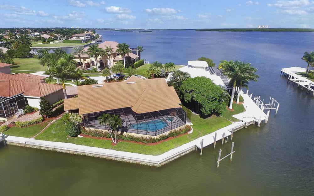 1887 Cascade Ct, Marco Island - House For Sale 1177422480