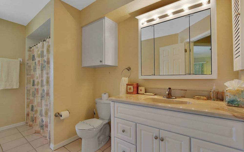 1887 Cascade Ct, Marco Island - House For Sale 2092337423