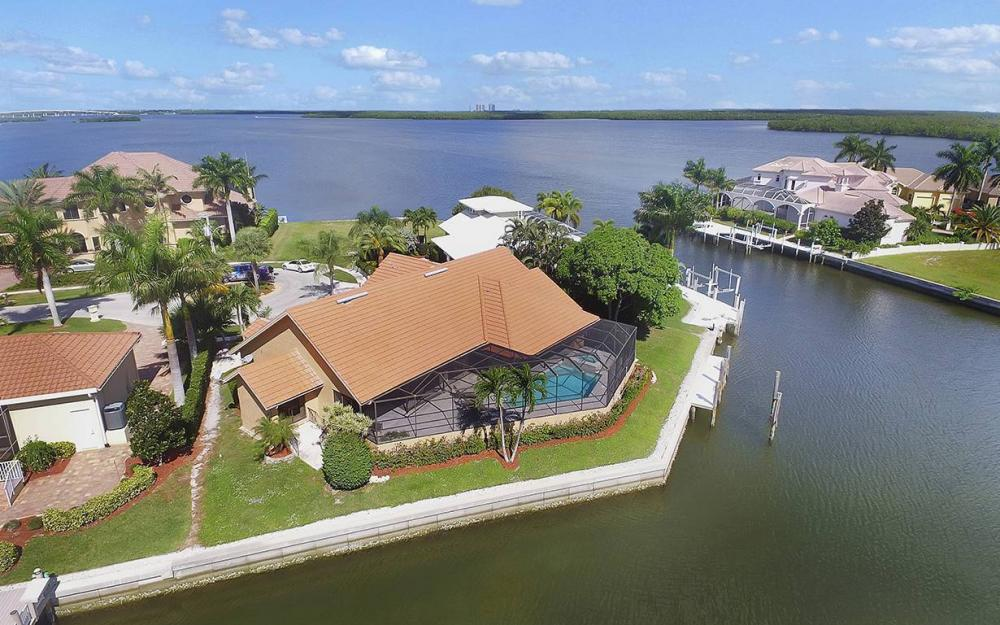 1887 Cascade Ct, Marco Island - House For Sale 2136704920