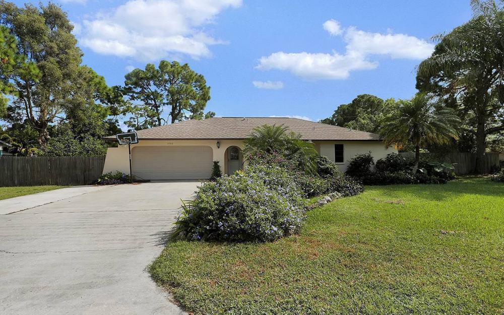 17413 Butler Rd, Fort Myers - House For Sale 2146510337