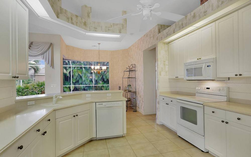 8950 Timber Run Ct, Ft Myers - House For Sale 2127588982