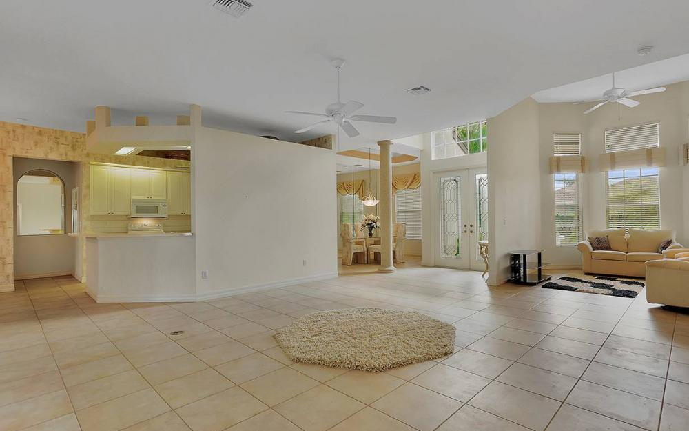 8950 Timber Run Ct, Ft Myers - House For Sale 205692958