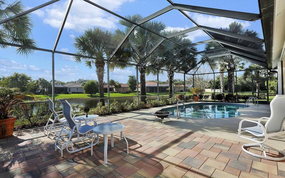 12820 Bay Timber Ct, Ft Myers - House For Sale 10218218