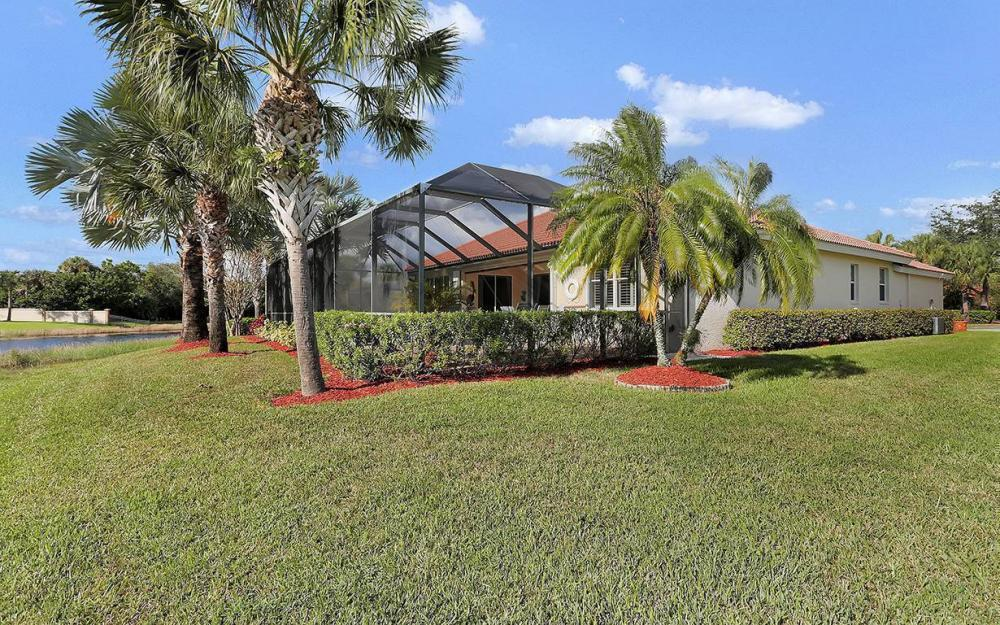 12820 Bay Timber Ct, Ft Myers - House For Sale 1480953063
