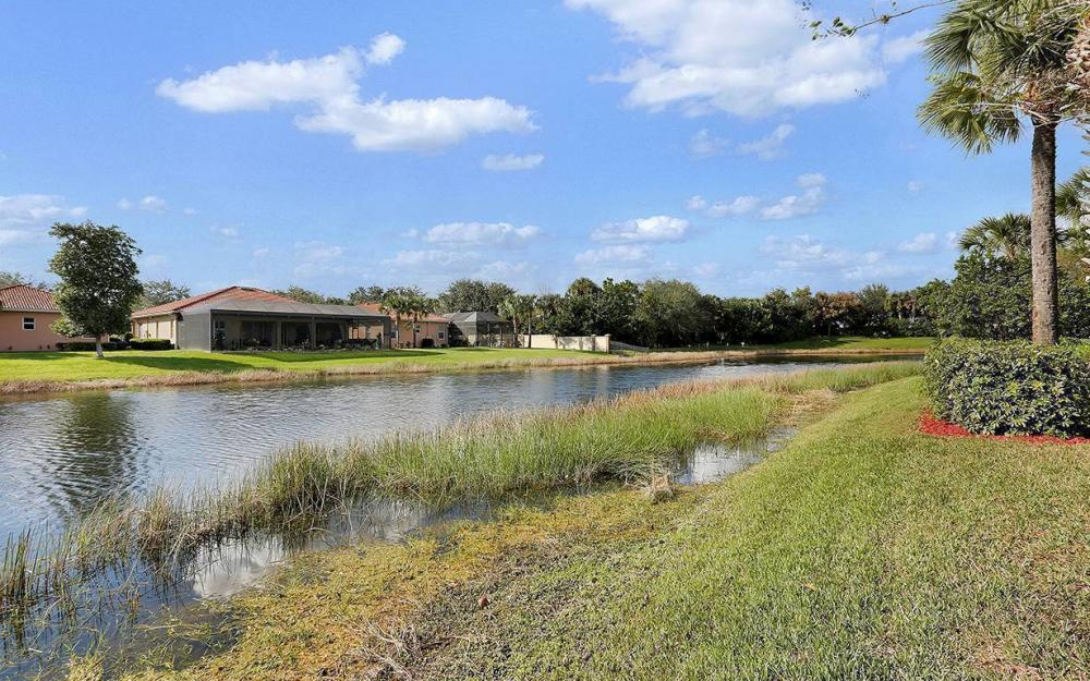 12820 Bay Timber Ct, Ft Myers - House For Sale 261320310