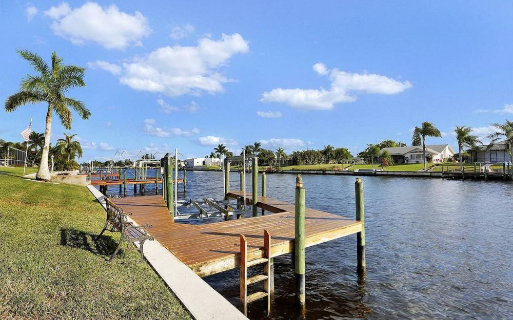 912 SE 20th St, Cape Coral -House For Sale 124584305