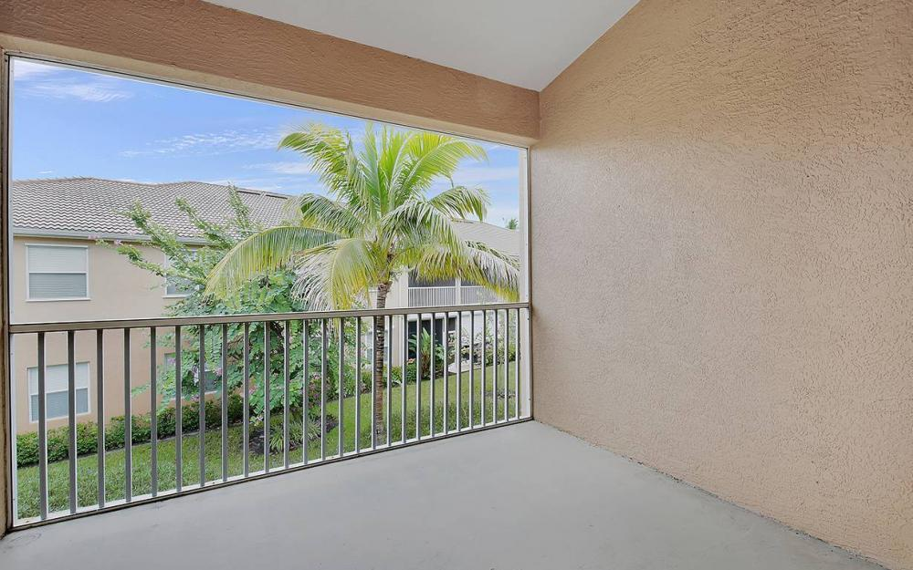 13971 Lake Mahogany Blvd #2622, Fort Myers - Condo For Sale 735131944
