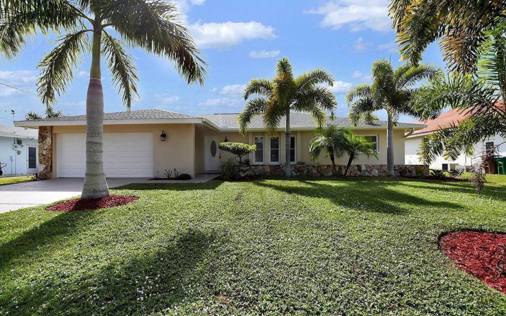2108 Cornwallis Pkwy, Cape Coral- House For Sale 2111793951