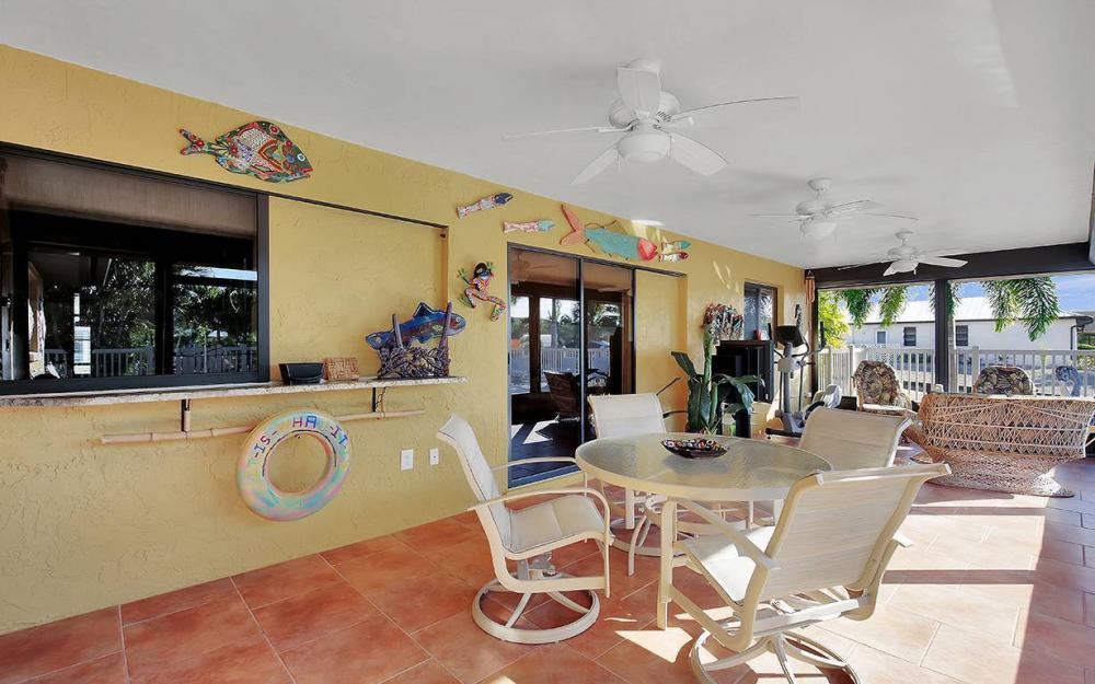 3863 Manatee Dr, St James City - House For Sale 371646540