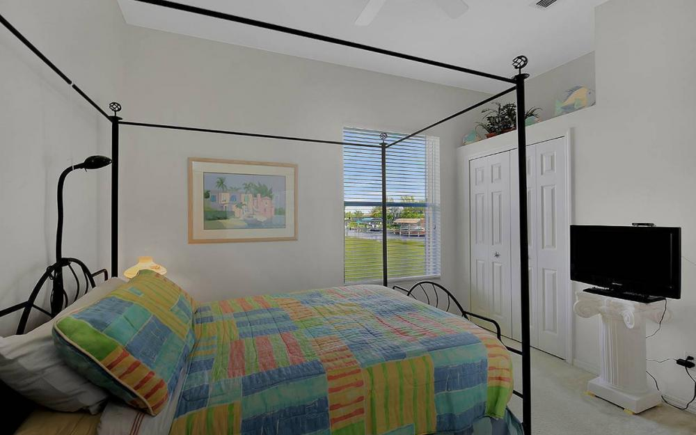 4625 SW 17th Pl, Cape Coral - House For Sale 701353765