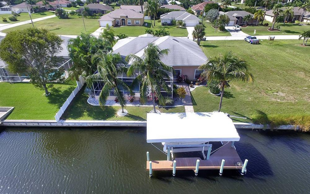 4625 SW 17th Pl, Cape Coral - House For Sale 161120540