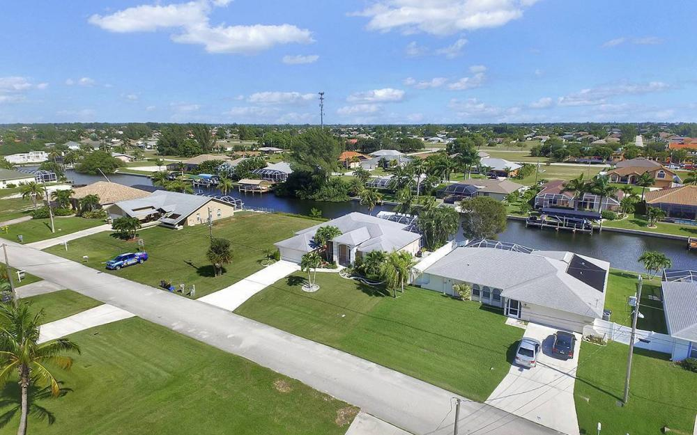 4625 SW 17th Pl, Cape Coral - House For Sale 2041444335