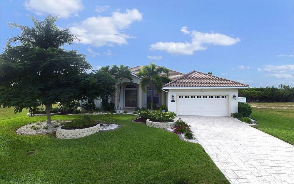 3804 Surfside Blvd, Cape Coral - House For Sale 1436078558