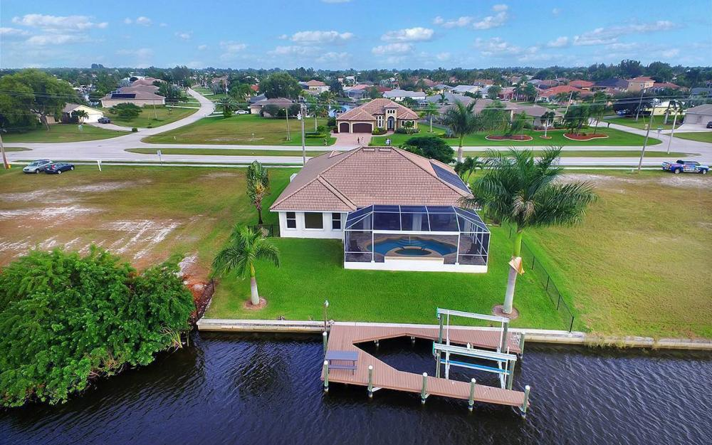 3804 Surfside Blvd, Cape Coral - House For Sale 1724325869