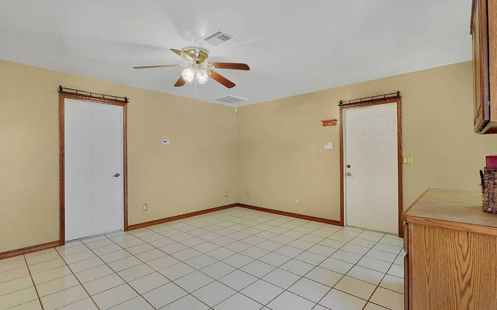 335 W Marina Ave, North Fort Myers - House For Sale 621819346