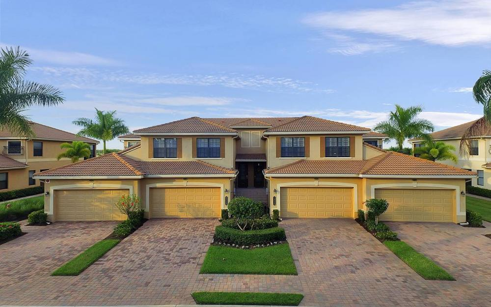 10626 Smoke House Bay Dr #212, Naples - House For Sale 2054316619