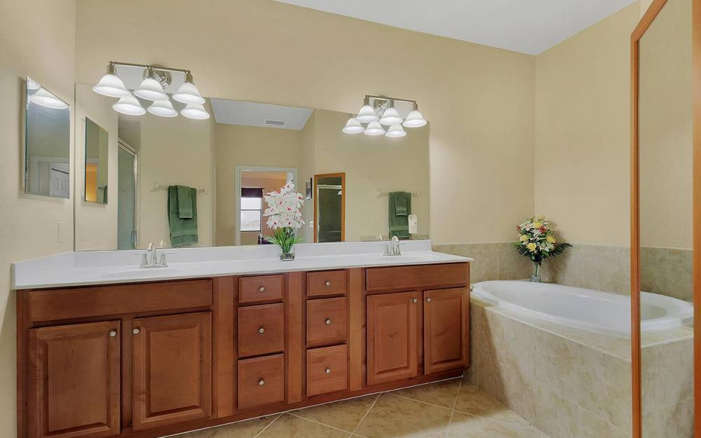 10626 Smoke House Bay Dr #212, Naples - House For Sale 1517307852