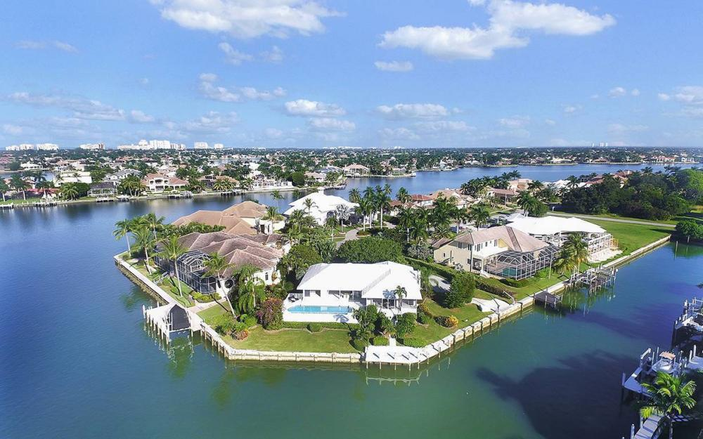 871 W Copeland Dr, Marco Island - House For Sale 856537221