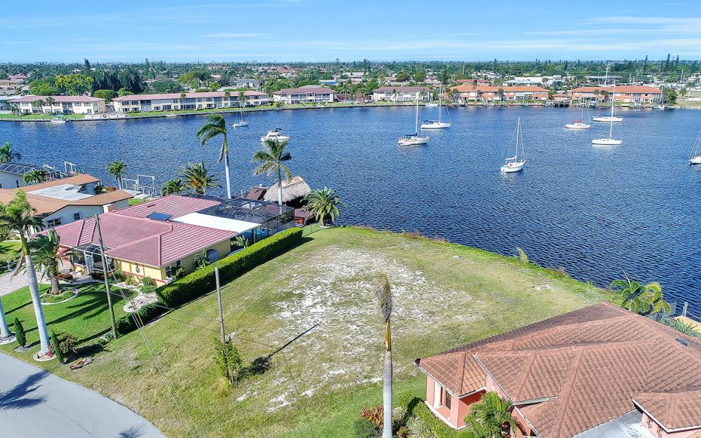 443 Avalon Dr, Cape Coral - Lot For Sale 1613541904