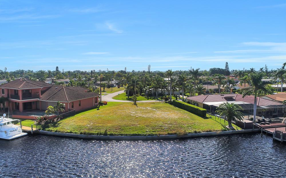 443 Avalon Dr, Cape Coral - Lot For Sale 1282664909