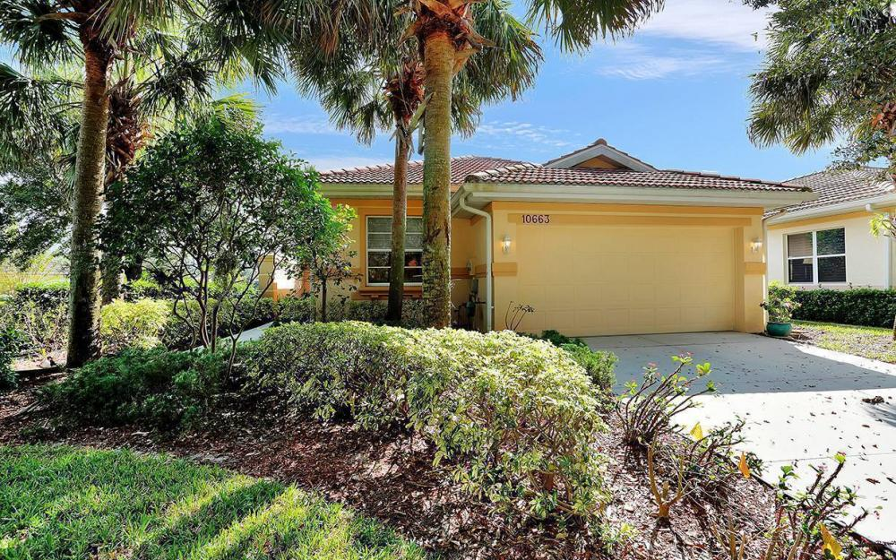 10663 Avila Cir, Fort Myers - House For Sale 2077697363
