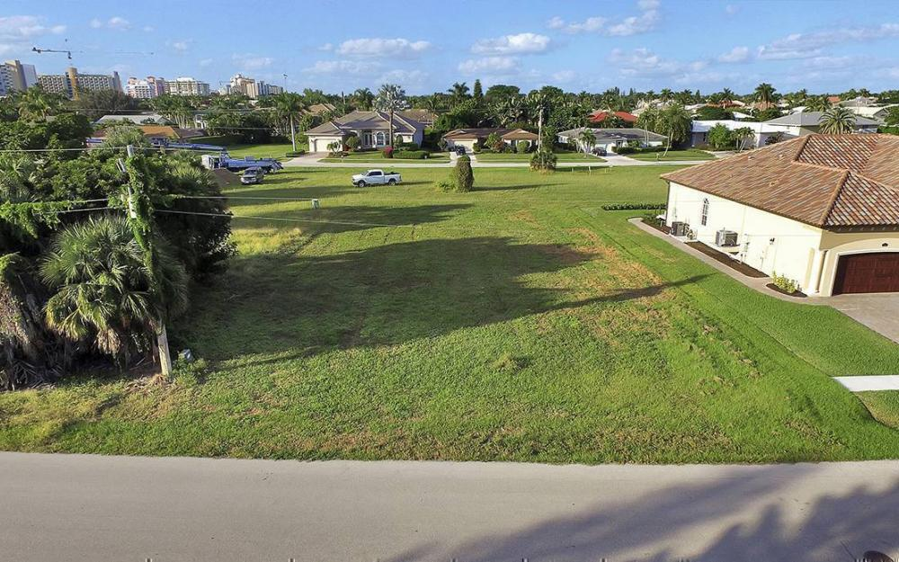 824 Amber Dr, Marco - Lot For Sale 1220563904