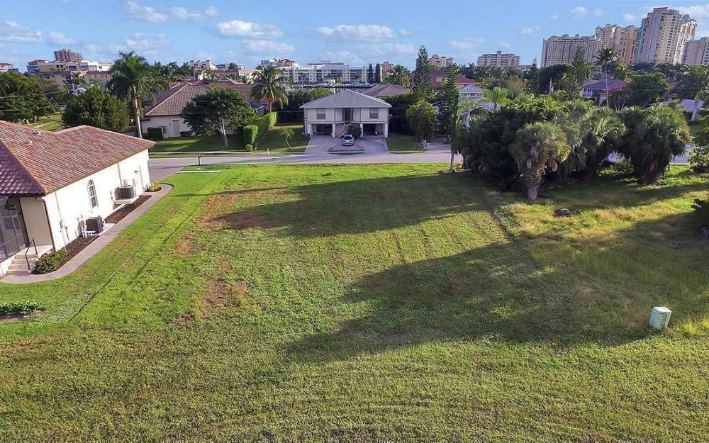 824 Amber Dr, Marco - Lot For Sale 1397675892