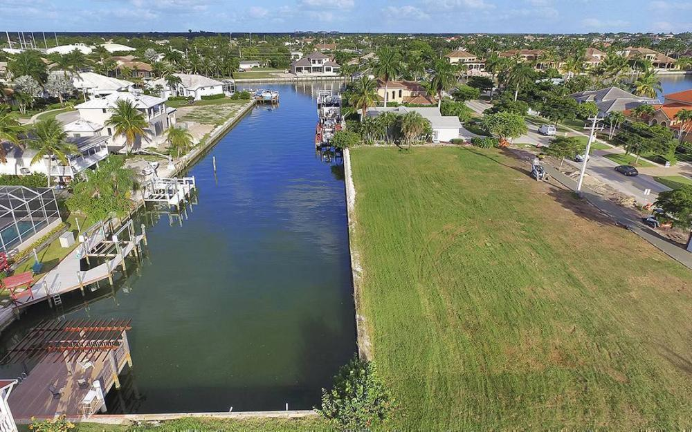 1258 Winterberry Dr, Marco Island - Lot For Sale 2004432382