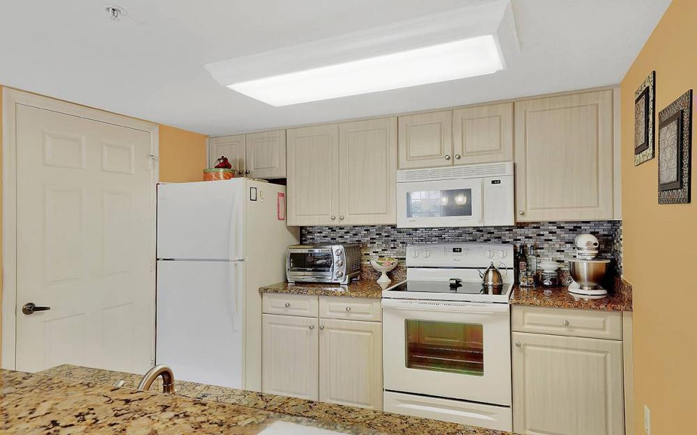 1775 Four Mile Cove Pkwy #1220, Cape Coral - Condo For Sale 1027007058