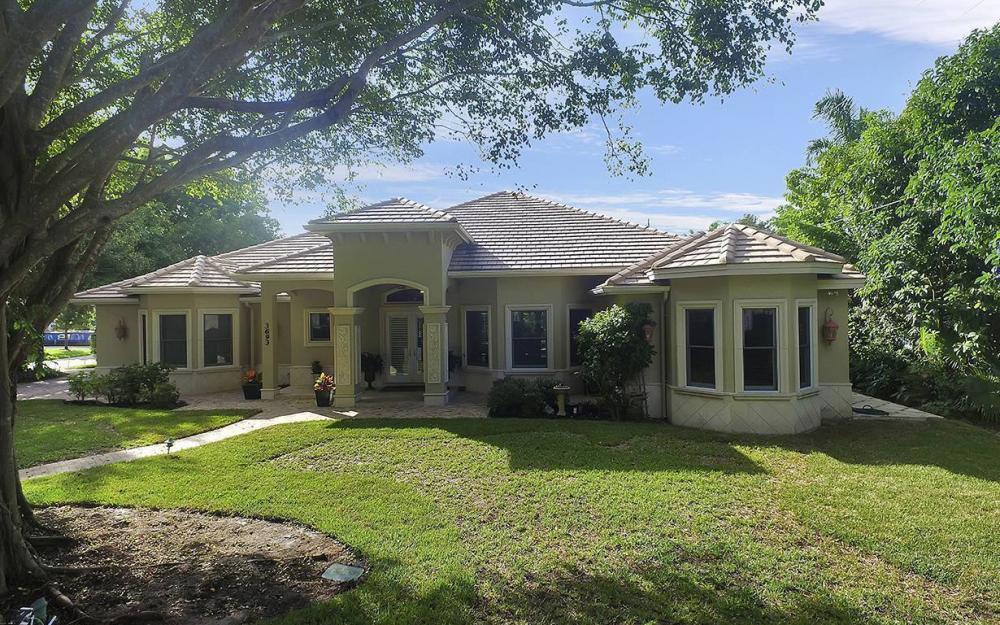 3693 Belair Ln, Naples - House For Sale 829093981